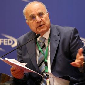 الاستاذ الدكتور عدنان بدران