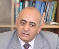 الأستاذ الدكتور علي أحمد العنانزة